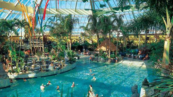 Subtropisch zwembad lelystad