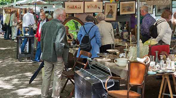 Lange Voorhout, Antiekmarkt Den Haag