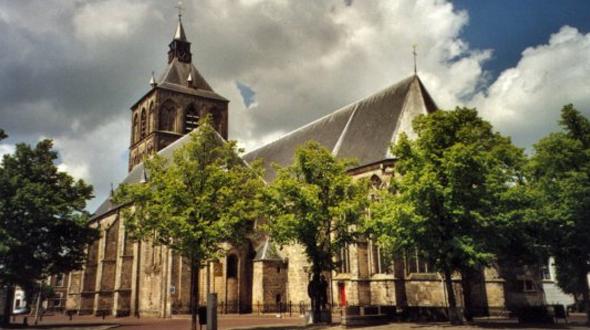 St. Plechelmusbasiliek Oldenzaal